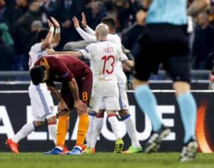 Roma's Diego Perotti shows his dejection at the end of the UEFA Europa League round of 16 second leg soccer match AS Roma vs Olympique Lyonnais at Olimpico stadium in Rome, Italy, 16 March 2017.  ANSA/ANGELO CARCONI